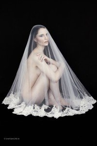 Wedding Veil 'Naomi' - full length bridal veil with wide lace trim