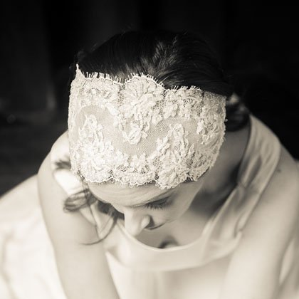 Wedding headband 'Lily' - chantilly lace headband with crystals